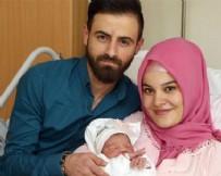 YILBAŞI GECESİ - Türk aile Avusturya'da gündem oldu!