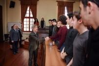 BEYOĞLU BELEDIYESI - Başkan Demircan Galatasaray Lisesi Öğrencileriyle Buluştu