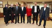 TÜRK DÜNYASI - Başkan Karaosmanoğlu 'Öğretmen Hayatı Anlatan Yol Gösterendir''