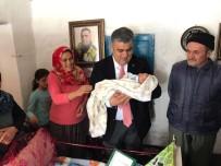 FETHİ SEKİN - Başkan Özgüven, Minik Fethi Sekin'i Unutmadı