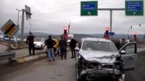 Bolu'da Kamyonetle Otomobil Çarpıştı Açıklaması 7 Yaralı