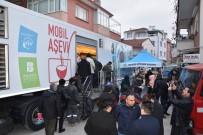 SEMT PAZARI - Büyükşehir'den Vatandaşlara Sıcak Çorba İkramı