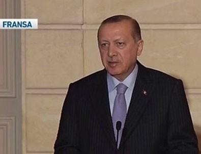 Cumhurbaşkanı Erdoğan'dan Fransız gazeteciye: Sen FETÖ'cü gibi konuşuyorsun