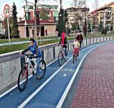 GÜMÜŞDERE - Gümüşdere'de Bisiklet Sürmeyi Çok Sevdiler