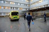 AÇLIK GREVİ - İsveç Göçmen Bürosu Önünde Kendini Yaktı