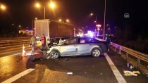 İZZET BAYSAL DEVLET HASTANESI - Kamyon Otoyolda Ters Şeritte Giden Otomobille Çarpıştı Açıklaması 1 Yaralı