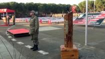 EVLİLİK TEKLİFİ - Manisa'da Acemi Eğitimlerini Tamamlayan Askerler Yemin Etti