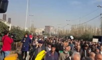 BAĞLıLıK - Milyonlarca İranlı'dan, Devlete Bağlılık Yürüyüşü