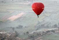 SICAK HAVA BALONU - Mısır'da Sıcak Hava Balonu Kazası Açıklaması 1 Ölü, 12 Yaralı