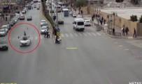 KURAL İHLALİ - Otomobilin çarptığı yaya havada takla attı
