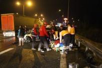İZZET BAYSAL DEVLET HASTANESI - Otoyolda Ters Yöne Giden Otomobil Kamyonla Çarpıştı Açıklaması 1 Yaralı