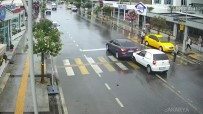 MOBESE - Sakarya'daki Kazalar Mobese Kamerasında