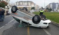 MIMARSINAN - Samsun'da Otomobil Takla Attı Açıklaması 1 Yaralı