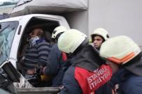 BÜYÜKDERE - Sarıyer'de Sıkışmalı Kaza, Can Pazarı Yaşandı