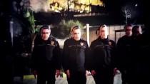 FETHİ SEKİN - Şehit Polisin Mesai Arkadaşları Sekin'in Maskesini Taktı