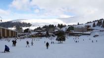 KAR TOPU - Uludağ'da Kar Kalınlığı 90 Santimetre