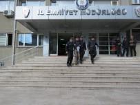 SOSYAL PAYLAŞIM - Uşak'ta İnternet Bankacılığı Reklamları Üzerinden Dolandırıcılık Yapan Şüpheli Tutuklandı