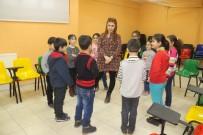 SOSYAL HİZMET - Bağlar Belediyesinde 'Akran Zorbalığı' Eğitimi