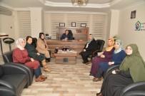 MEHMET KAYA - Diyarbakır Büyükşehir Belediye Başkanı Cumali Atilla'nın Eşi Lütfiye Atilla'dan Derneklere Ziyaret