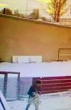 BAZ İSTASYONU - Erzurum'da Önce Güvenlik Kamerasına Sonra Polise Yakalanan Hırsızlık Zanlısı 2 Kişi Tutuklandı