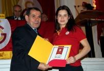 GALATASARAY LISESI - Galatasaray'da Yeni Divan Kurulu Üyeleri Beratlarını Aldı