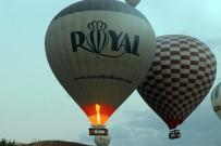 Kapadokya'da Balonlar 3 Gündür Havalanamıyor