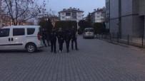 SARAYLAR - Kuyumcu Hırsızları 150 Güvenlik Kamerası İncelenerek Yakalandı