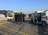 KAYABAŞı - Midibüs İle Otomobil Çarpıştı Açıklaması 1 Ölü, 4 Yaralı