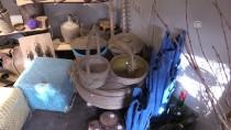 DEKORASYON - Ofisinde Başladığı Hobisi Dükkan Açtırdı