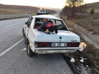 HITIT ÜNIVERSITESI - Otomobil Takla Attı Açıklaması 5 Yaralı