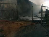 Petlas A.Ş İkinci El Hurda Lastik Kısmında Yangın Çıktı