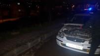 YUNUS TİMLERİ - Polisi Atlatmak İçin Esrar Dolu Paketi Boş Araziye Attılar
