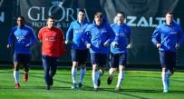 VOLKAN ŞEN - Trabzonspor'da Hazırlıklar Devam Ediyor