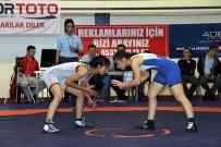 MUSTAFA ÇAKıR - Türkiye Kadınlar Güreş Şampiyonası Tekirdağ'da Başladı