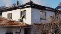 HALIL UZUN - Yaşlı Adam Evinde Çıkan Yangında Hayatını Kaybetti
