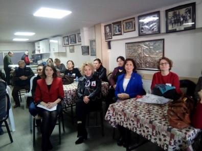 Akhisar CHP kadın kolları yeni başkanı belli oldu