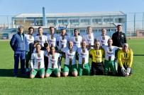 FUTBOL TURNUVASI - Diyarbakır'a 40 Yaş Üstü Futbol Turnuvası Başladı