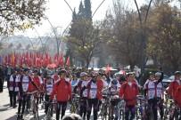 İÇ SAVAŞ - Gaziantep'te Binlerce Kişi  Karkamış Şehitleri İçin Yürüdü