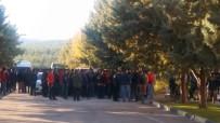 CELAL DOĞAN - Gaziantepspor'da Taraftarlar Kulübü Bastı
