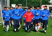 MUHARREM USTA - Trabzonspor'da Sosa Ve Esteban Kampa Katıldı