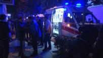 CADDEBOSTAN - Vale Müşteri Arası Silahlı Kavga Açıklaması 1 Ölü, 1 Yaralı