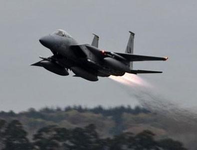Yemen'de Suudi uçağı düştü