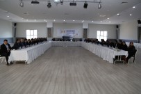 Artvin'de 'Şehirlerin Ekonomik Beklentileri Paneli' Gerçekleştirildi