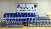 Azeri Yolcuların Valizinden Kaçak İçki Ve Sigara Çıktı