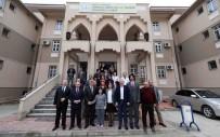MESLEK LİSELERİ - Başkan Karaosmanoğlu'ndan  Derince Çınarlı Mesleki Ve Teknik Anadolu Lisesi'ne Ziyaret