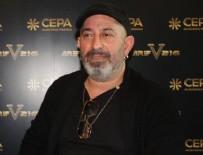 KOMEDYEN - Cem Yılmaz kendi filmini eleştirdi