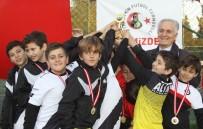 FETHİ SEKİN - Geleceğin Futbolcuları, Fethi Sekin İçin Top Oynadı