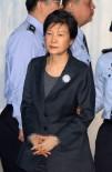 MAL VARLIĞI - Güney Kore Eski Devlet Başkanı Park'ın Mal Varlıkları Dondurulabilir