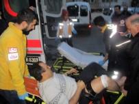 ÇALIŞAN EMEKLİ - Kadıköy'de Silahlı Kavga Açıklaması 2 Yaralı