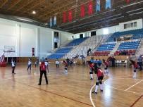 KUPA TÖRENİ - Kumluca'da Voleybol Şampiyonası Başladı